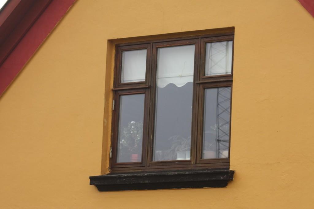 Gamle vinduer skal ikke bare udskiftes, fordi de er gamle - der er mange andre faktorer, der spiller ind.